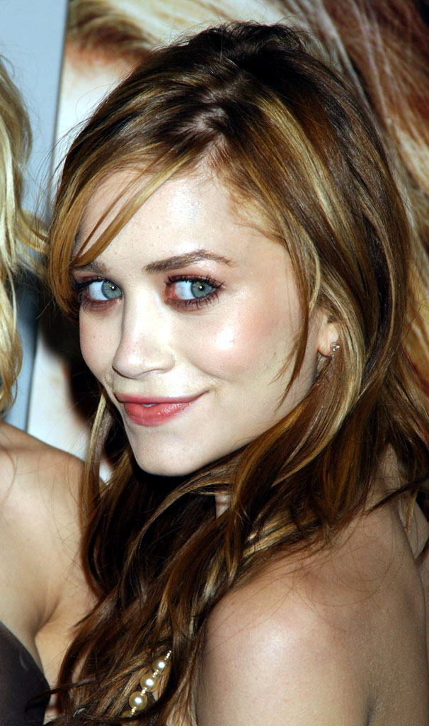 mary_kate_and_ashley_olsen_026.jpg